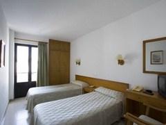 Apartamentos Loar Ferreries