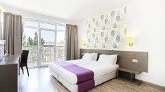 Family Suite With Waterpark View And Balcony