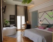 Habitación Deluxe con jaccuzzi, balcón y vistas al mar